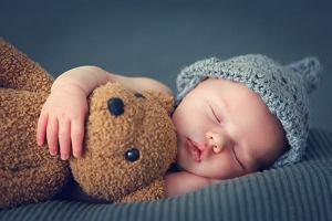 Noworodek a niemowlę - niby oczywiste, na którym etapie rozwojowym są najmłodsi, a jednak...