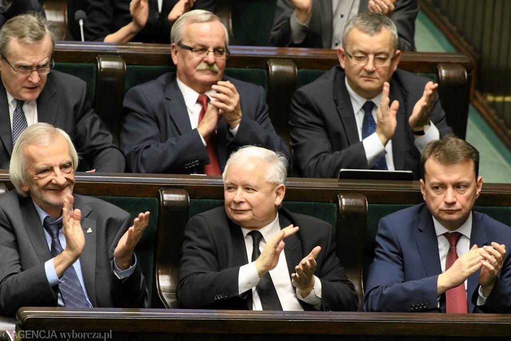ławki PiS na posiedzeniu Sejmu