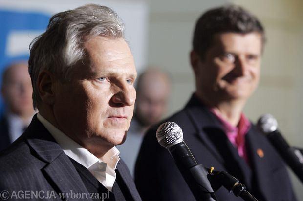 Aleksander Kwaśniewski i Janusz Palikota na konferencji Europa Plus
