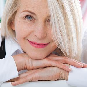 Menopauza. W łagodnych objawach pomóc może zmiana stylu życia, dieta czy fitoterapia