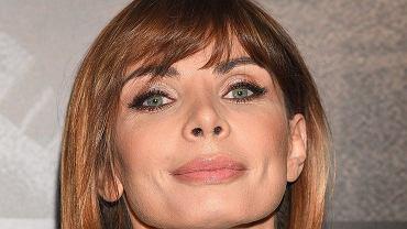 """Agnieszka Dygant w czwartek pojawiła się na premierze filmu """"Pitbull. Nowe porządki"""". Pod artykułem w komentarzach nasi czytelnicy zwrócili uwagę na jej odmieniony wygląd. """"Całkiem inna twarz, nos zoperowała"""" - pisali. Wzięliśmy jej nowy wygląd pod lupę. Nie wiemy, czy to makijaż, czy może nowa fryzura, ale aktorka faktycznie prezentuje się inaczej niż jeszcze kilka miesięcy temu."""