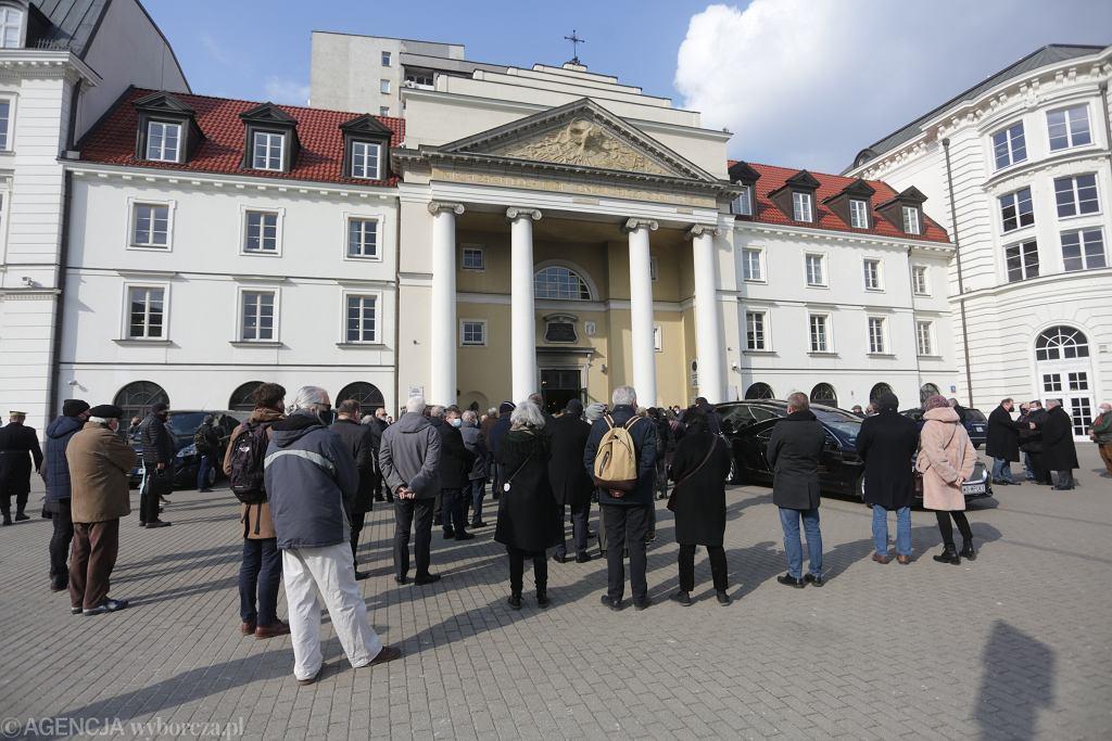 Uroczystości pogrzebowe działacza opozycji demokratycznej Jana Lityńskiego w Warszawie.