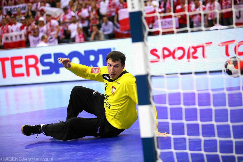 Sławomir Szmal podczas meczu Polska - Chorwacja