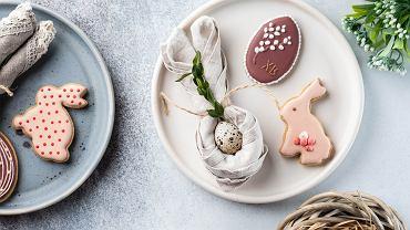 Śniadanie wielkanocne dla dzieci powinno być tradycyjne ale lekkostrawne. Zdjęcie ilustracyjne, Natallia Harahliad/shutterstock.com