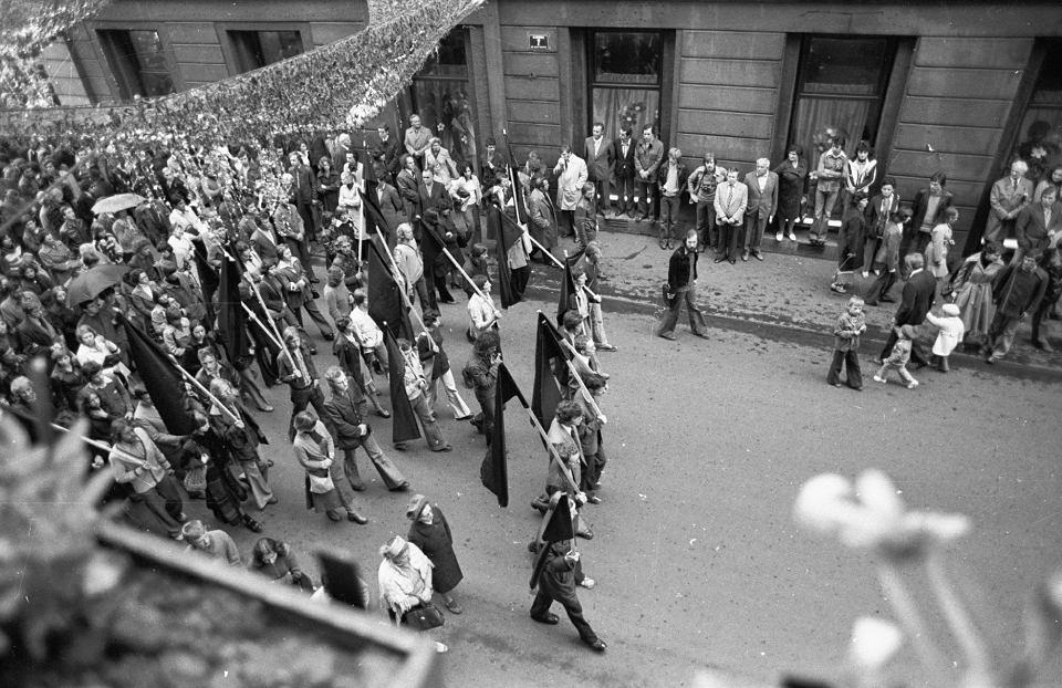 Kraków, 15 maja 1977 r., pogrzeb Stanisława Pyjasa, studenta polonistyki UJ, którego śmierć stała się impulsem do założenia Studenckiego Komitetu Solidarności