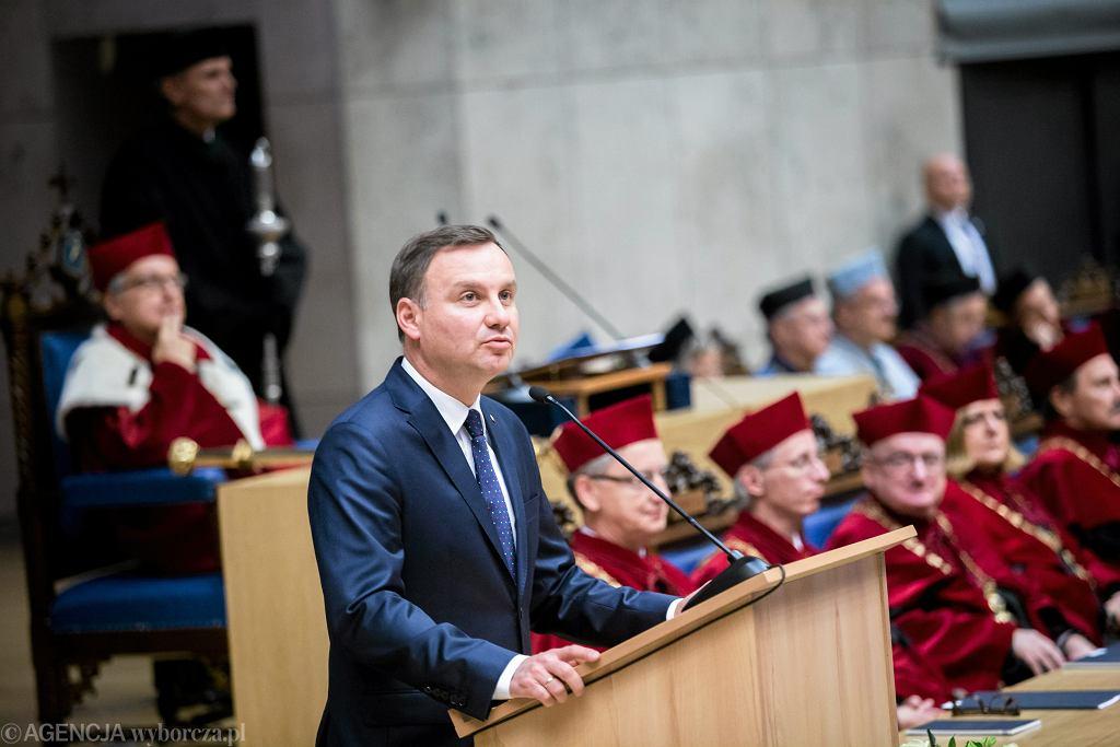 Prezydent Andrzej Duda na Uniwersytecie Jagiellońskim podczas inauguracji roku akademickiego 2015/2016