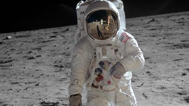 Buzz Aldrin na Księżycu, 21 lipca 1969 r. 50. rocznica lądowania na Księżycu. Misja kosmiczna Apollo 11 była wielkim skokiem dla ludzkości