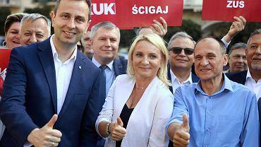 Kraków: Władysław Kosiniak-Kamysz, lider PSL oraz Paweł Kukiz podczas prezentacji kandydatów na posłów i senatorów