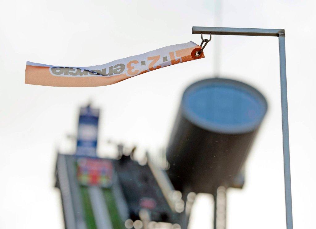 Konkurs w Klingenthal wypaczy wiatr?