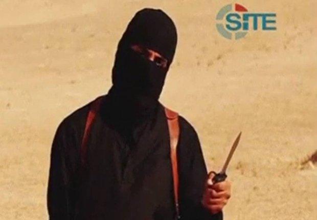 Zamaskowany bojownik Państwa Islamskiego, najprawdopodobniej zabójca Jamesa Foleya i Stevena Sotloffa