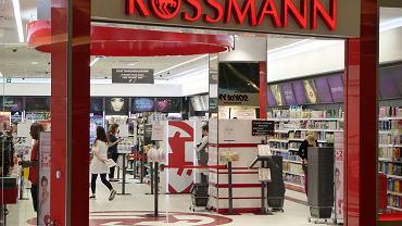 Rossmann promocja - 55 proc. na kosmetyki kolorowe