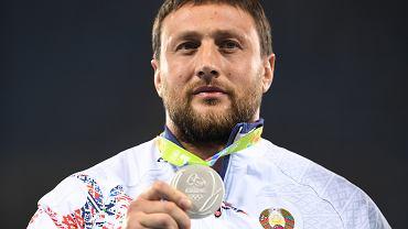 20.08.2016, Rio de Janeiro, Iwan Cichan z Białorusi ze srebrnym medalem olimpijskim.
