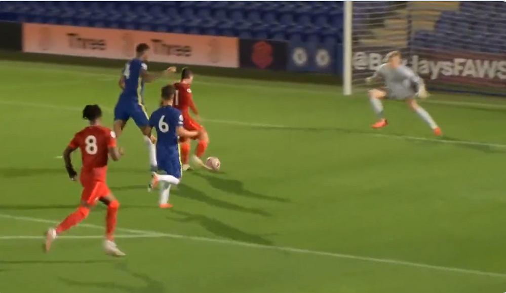 O altă performanță excelentă a lui Mateusz Mosiewski.  Două goluri pentru tânărul de 17 ani împotriva lui Chelsea [WIDEO] Becca Nona