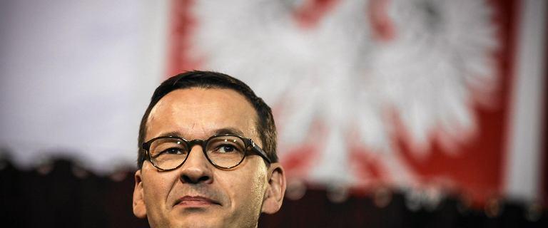 """Premier zwleka z publikacją wyroku TK ws. aborcji. """"To niebezpieczna sytuacja"""""""
