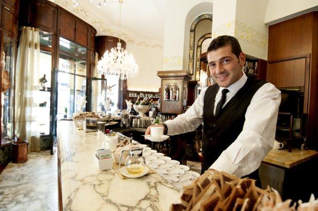 Słynna kawiarnia Taveggia w Mediolanie, fot. Paolo Bona / shutterstock.com
