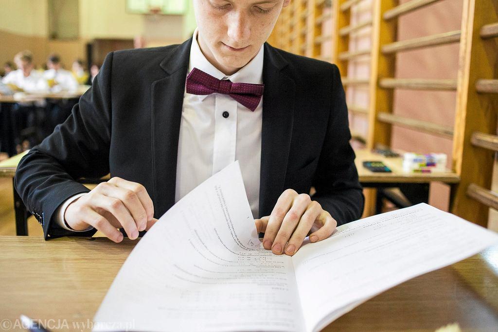 Matura 2017 fizyka i astronomia oraz historia muzyki