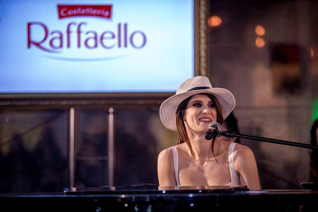 Sylwia Grzeszczak; Inauguracja Lata z Raffaello 2018