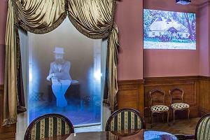 Hologramowa hostessa zastąpi tę prawdziwą?