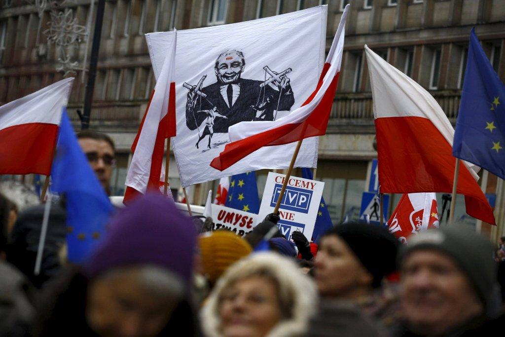 Protest pod gmachem TVP