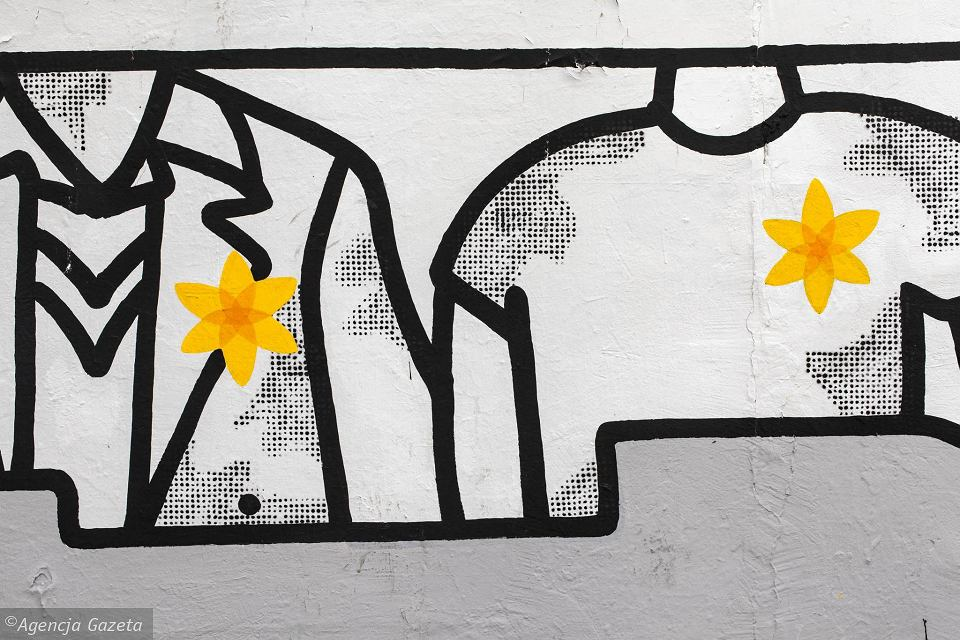 Zdjęcie numer 18 w galerii - Rocznica powstania w getcie warszawskim. Żonkil oznacza pamięć