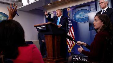 Prezydent Trump skrytykował niedawno WHO i zagroził, że obetnie finansowanie.