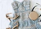 dodatki do błękitnej sukienki