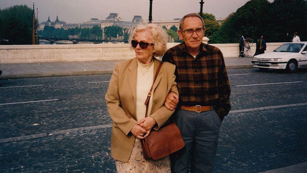 Danuta i Tadeusz Konwiccy w Paryżu. Lata 90.
