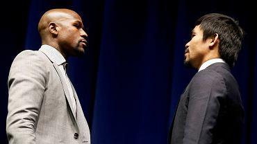 """Floyd Mayweather i Manny Pacquiao podczas środowej konferencji prasowej spojrzeli sobie głęboko w oczy. W ringu staną na przeciw siebie 2 maja w walce określanej jako """"starcie wszech czasów"""""""