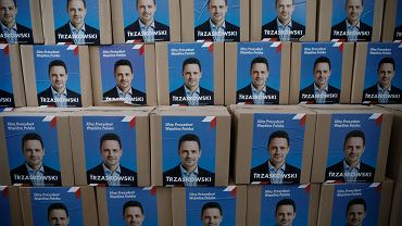 Złożenie podpisów w PKW pod kandydatura Rafała Trzaskowskiego na prezydenta