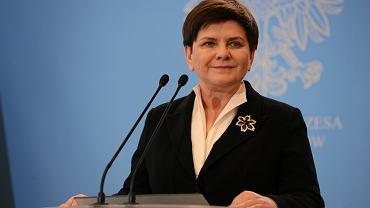 Była premier Beata Szydło podczas konferencji prasowej w KPRM. Warszawa, 10 kwietnia 2019