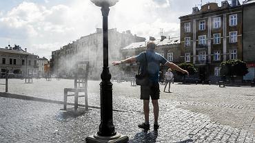 Prognoza pogody na lipiec. Czy należy spodziewać się fali upałów? (zdjęcie ilustracyjne)
