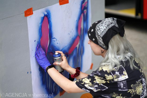 Zdjęcie numer 29 w galerii - Młodzi plastycy przekonywali częstochowian: Kultura nie boli [ZDJĘCIA]