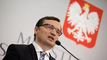 Minister Ziobro wielokrotnie wypowiadał sięw temacie nowych kompetencji i konsekwencji, które wyciągnie wobec sędziów i prawników