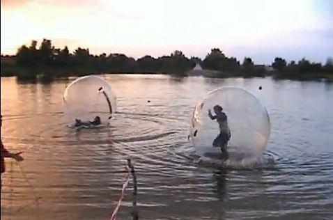 Bieganie po wodzie - tym razem całkiem prawdziwe