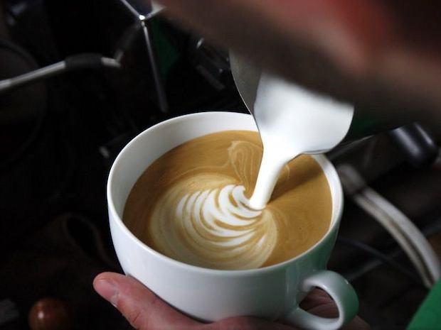 """Kawa z syfonu i ze """"strzykawki"""""""