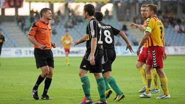 Tomasz Musiał (pierwszy z lewej) podczas meczu Korona Kielce - Lechia Gdańsk