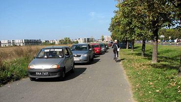 Ścieżka rowerowa do Powsina wzdłuż ul. Łukasza Drewny