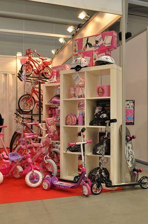 Różowy to kolora najczęściej spotykany w rowerkach dziecięcych. /fot. Rafał Muszczynko