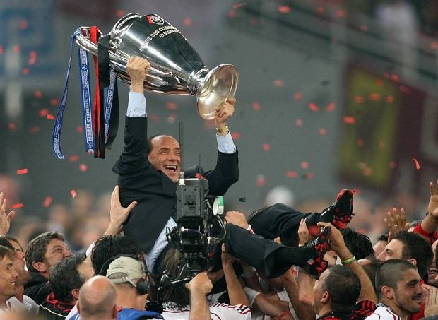 Italian Prime Minister Silvio Berlusconi holds up the Champions League Cup, which was just won by AC Milan in the final against FC Liverpool on the 23rd of May in 2007.null SLOWA KLUCZOWE: FINAL FUßBALL JUBEL JUBELN JUBELT OPTIMISTISCH Trophaee TROPHY UEFA CHL Griechenland sp Greece cheering jubilation soccer HORIZONTAL