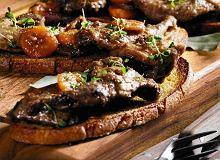 Salmis de palombes - grzywacz pieczony z sosem z wina - ugotuj