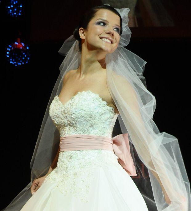 Joanna Jabłczyńska, pokaz mody, suknie ślubne