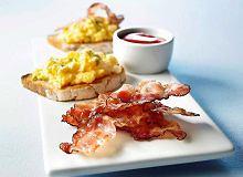 Bacon & Eggs - jajka na bekonie - ugotuj