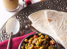 Chapati z warzywnym curry - ugotuj