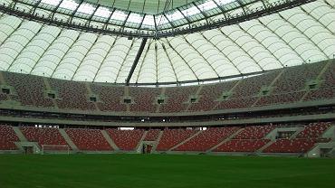 Mecz Legii z Sevillą na Stadionie Narodowym zostanie rozegrany przy zamkniętym dachu