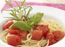 Spaghetti z pomidorkami cherry - ugotuj
