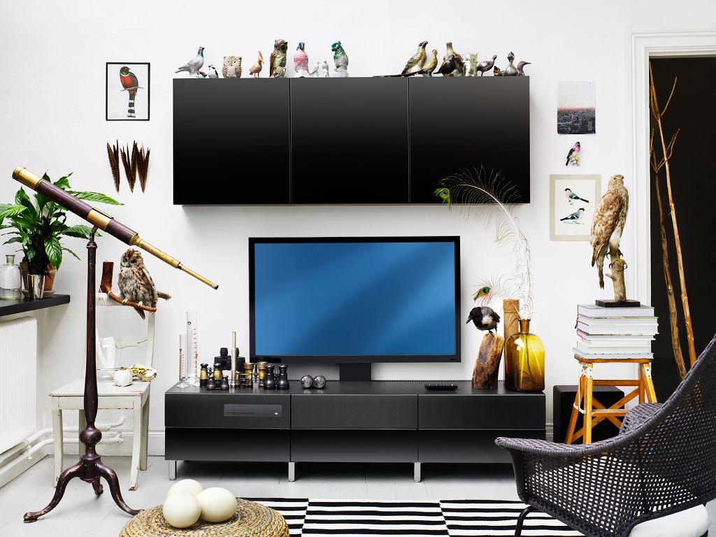 Zestaw UPPLEVA - telewizor wraz ze sprzętem grającym i szafką