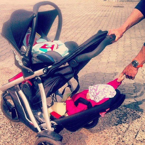 Zdjęcie numer 2 w galerii - Agnieszka Pomaska znalazła idealny wózek dla dwójki dzieci. To cud techniki!
