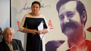"""Dorota Wellman i Andrzej Wajda podczas poniedziałkowej konferencji poświęconej filmowi """"Wałęsa"""""""