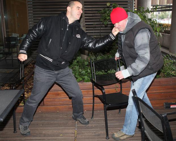 Jak przetrwać w miejskiej dżungli, mój pierwszy raz, sztuki walki