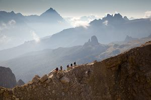 Via ferrata - górskie trasy dla odważnych [4 TRASY I PORADNIK]